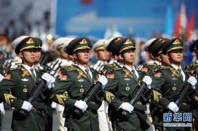 莫斯科举行卫国战争胜利70周年阅兵总彩排-中国搜索