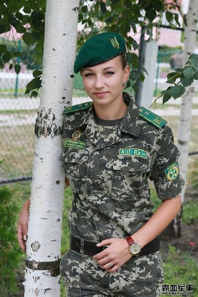 女兵(图30)图片